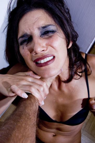 Deine Abwehr: Vergewaltigung, sexuelle Nötigung
