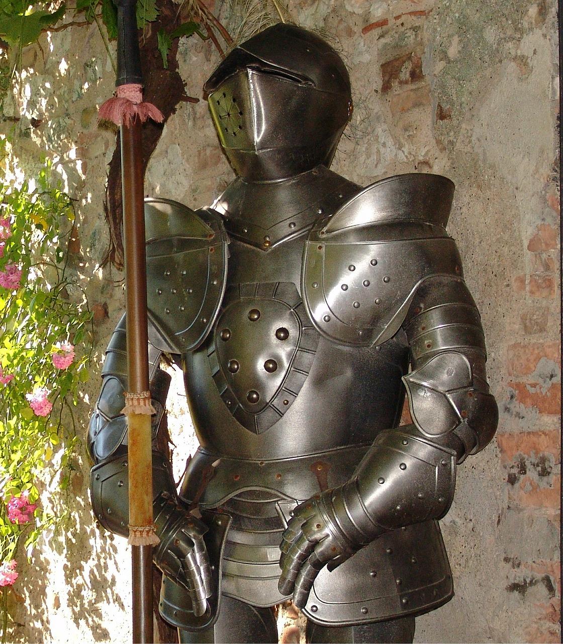 armor-401699_1280