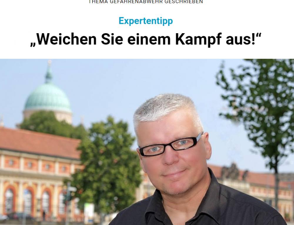 """Märkische Oderzeitung und Schweriner Volkszeitung: """"Weichen Sie einem Kampf aus!"""""""